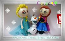 Topo bolo Frozen personalizado.