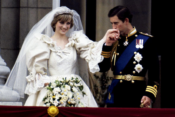princess diana wedding gown. princess diana wedding dress