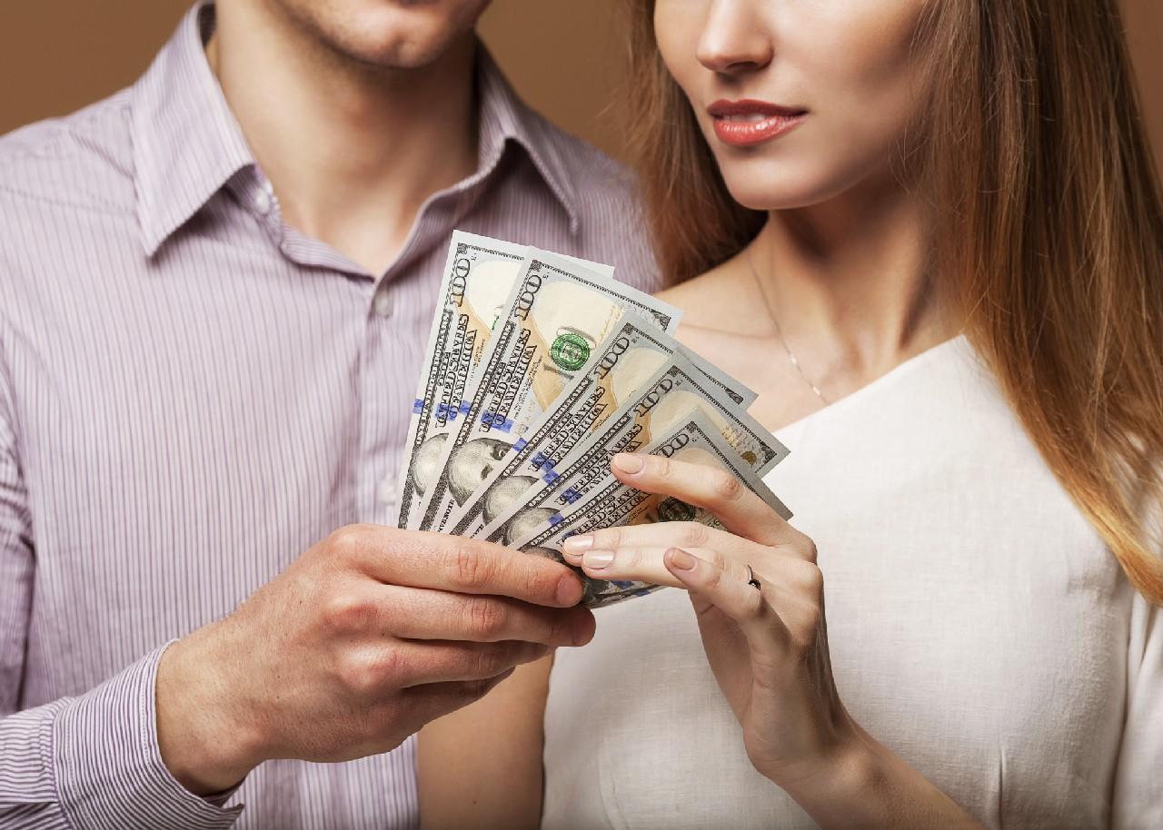 Matrimonio Por Conveniencia : Psicología para el bienestar se debe prestar dinero a la