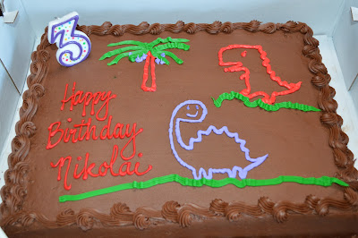 The Berry Bunch: Little Man's 3-Year Dinosaur Birthday Party