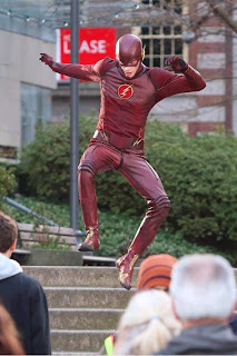 CW Flash set pics Grant Gustin in costume
