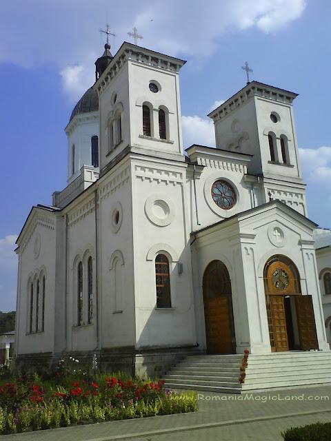 Bistrita Monastery Complex, Oltenia