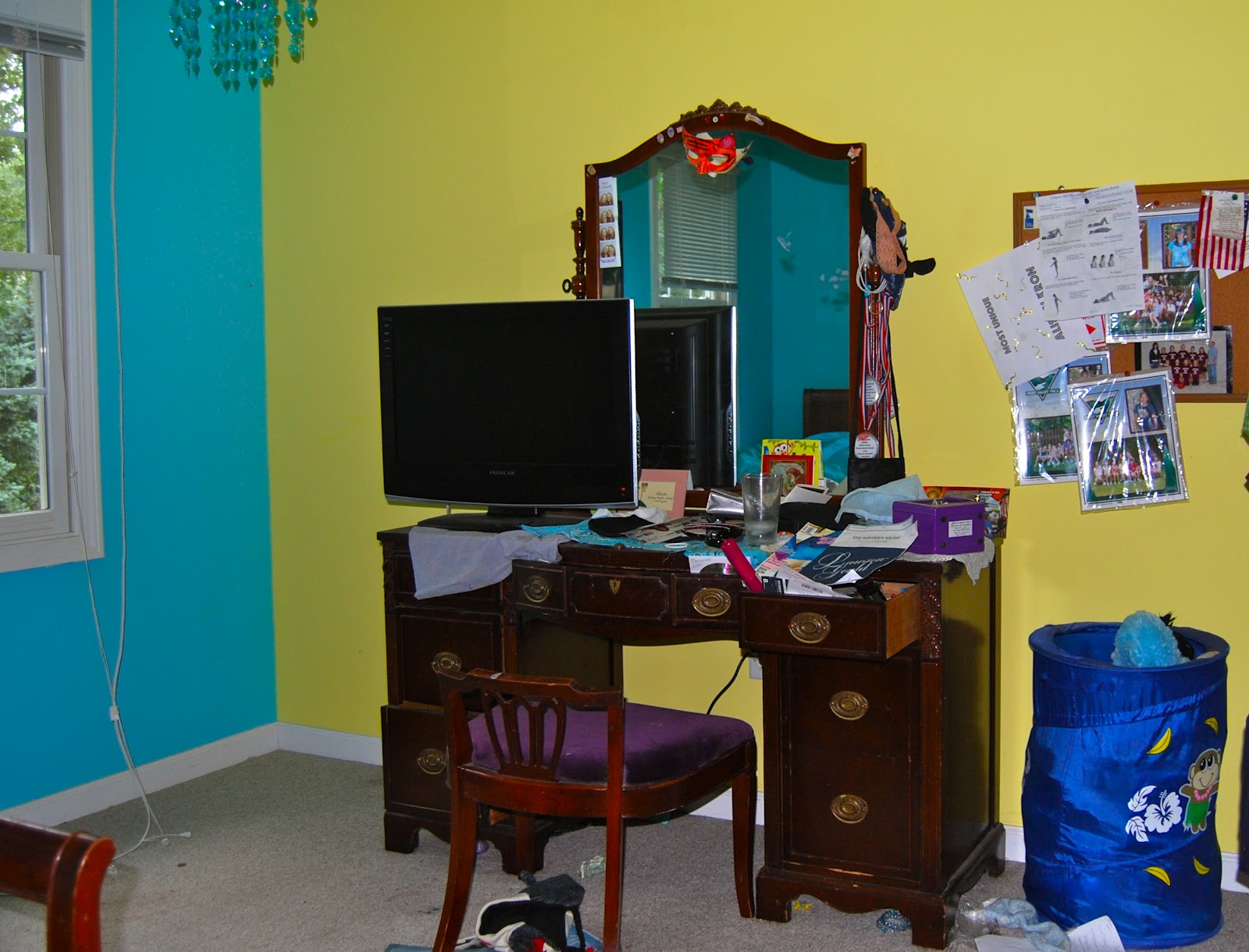 Messy Teenage Bedrooms Sassy Vintage Finds A Messy Teenage Bedroom Transformed Into A