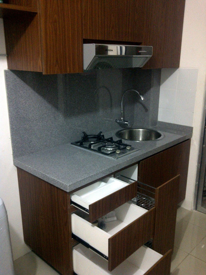 Kontraktor interior jakarta finishing kitchen set for Kitchen set apartemen