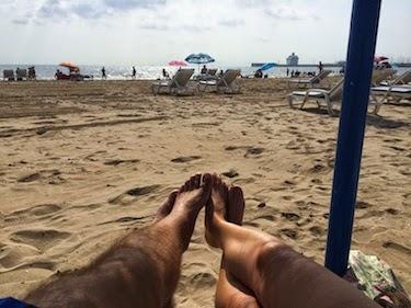 Chuck and Lori's Travel Blog - Playa Malvarossa Beach, Valencia, Spain