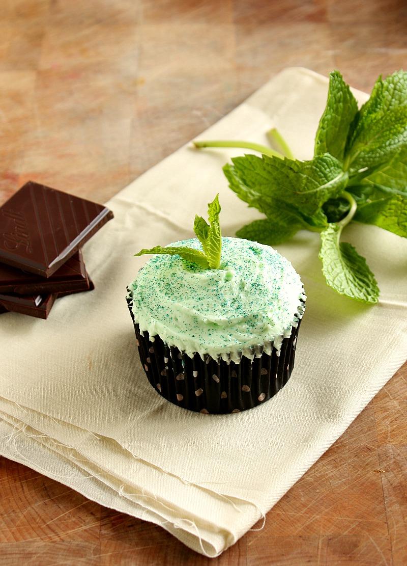 Vanilla Clouds and Lemon Drops: Mint Chocolate Cupcakes