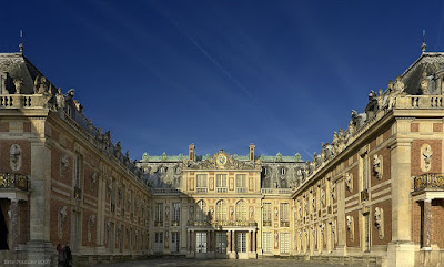 Chateau-de-Versailles-Palace-of-Versailles-France-travel