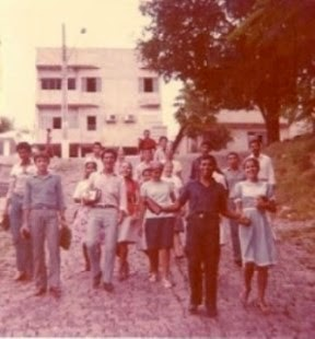 Evangelizando pelas ruas e valados da cidade nos anos de 1983
