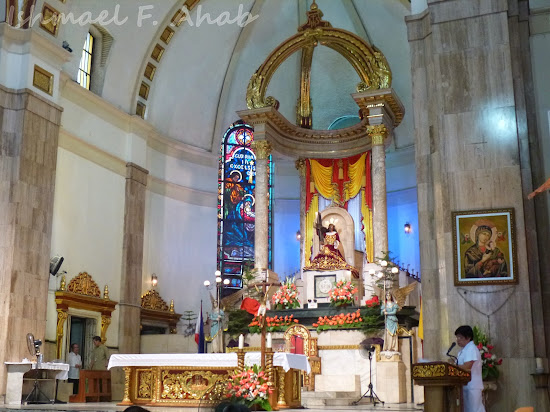 Quiapo Church Altar