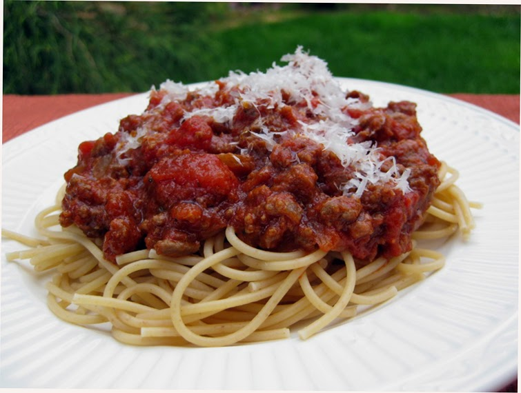 My Own Sweet Thyme: Old-Fashioned Spaghetti Sauce