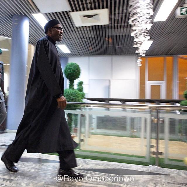 Buhari Arrives Nigeria after 6 day trip to the UK(photos)