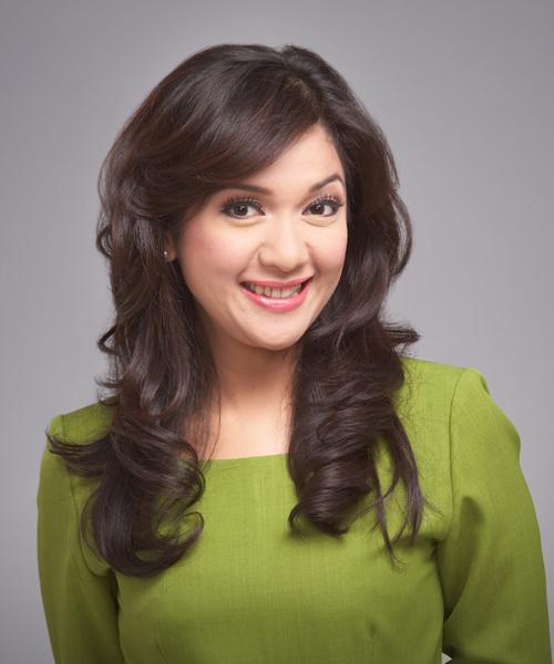 Model rambut ala presenter berita
