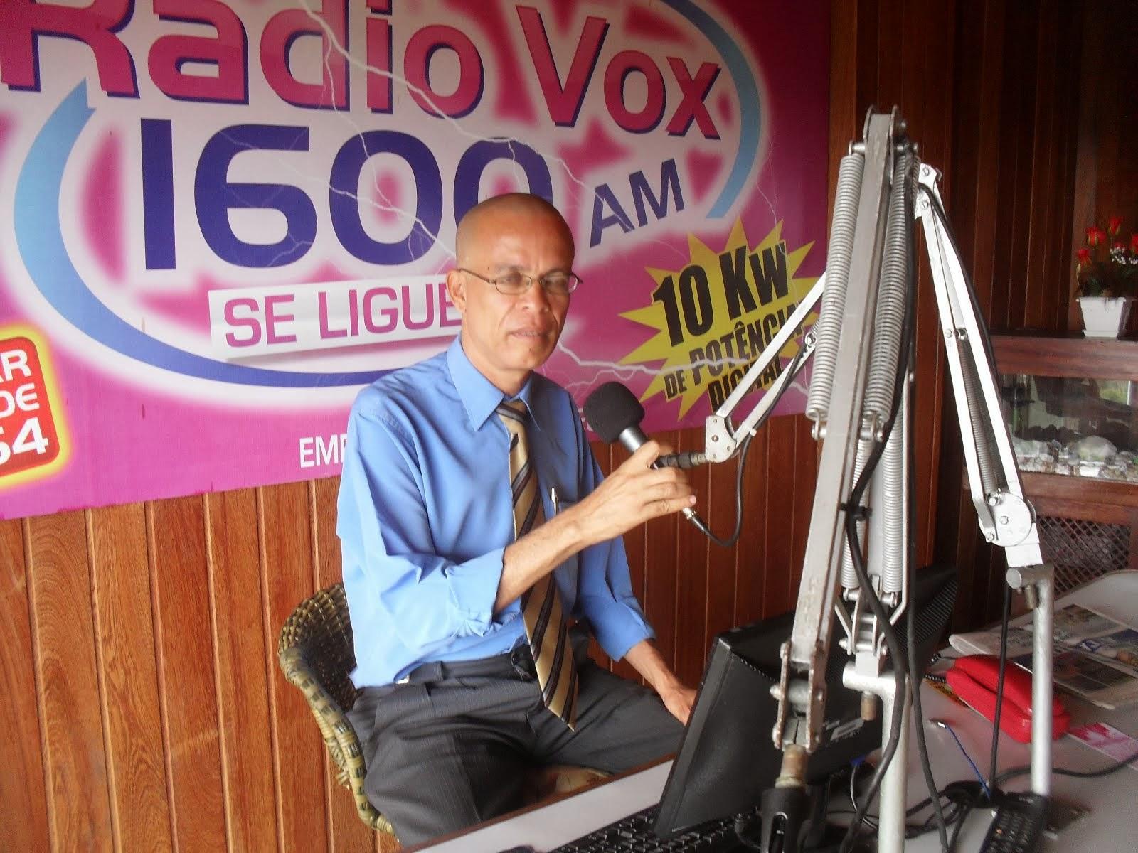 Ouça o Prof. Moisés Barbosa na Rádio Vox AM 1600 nos plays abaixo: