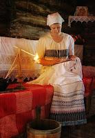 Так могла выглядеть вышивальщица в эпоху Древней Руси