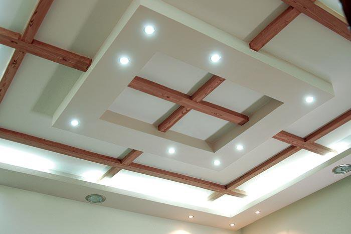 False ceiling designs for living room from gypsum and wood for Ceiling designs for living room images