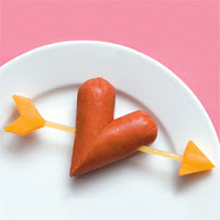 http://easybentoboxrecipes.blogspot.com/2013/12/sausage-hearts-bento-box-recipe.html