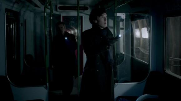 http://4.bp.blogspot.com/-uC8ZNCWXARU/UsSY28VKYGI/AAAAAAAAKMs/LTVzNzz9Z50/s1600/Sherlock.S03E01.jpg