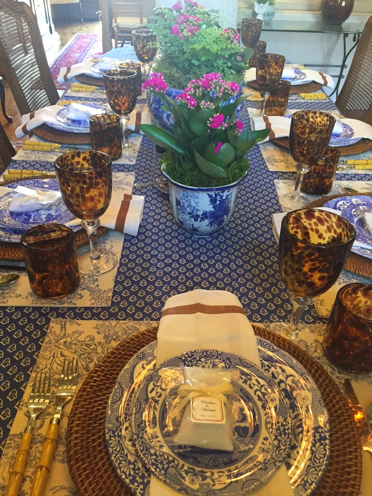 I used Spode Italian dinnerware toile placemats that I have used for years and years. A classic never dies! Bamboo flatware....seriously I just love ... & Tablescapes | Sparkling Like A Diamond