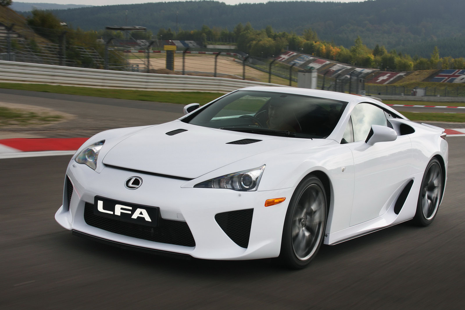 lexus lfa 2012 new car price specification review images. Black Bedroom Furniture Sets. Home Design Ideas