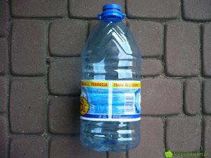 Doniczki z plastikowych butelek - jak zrobić