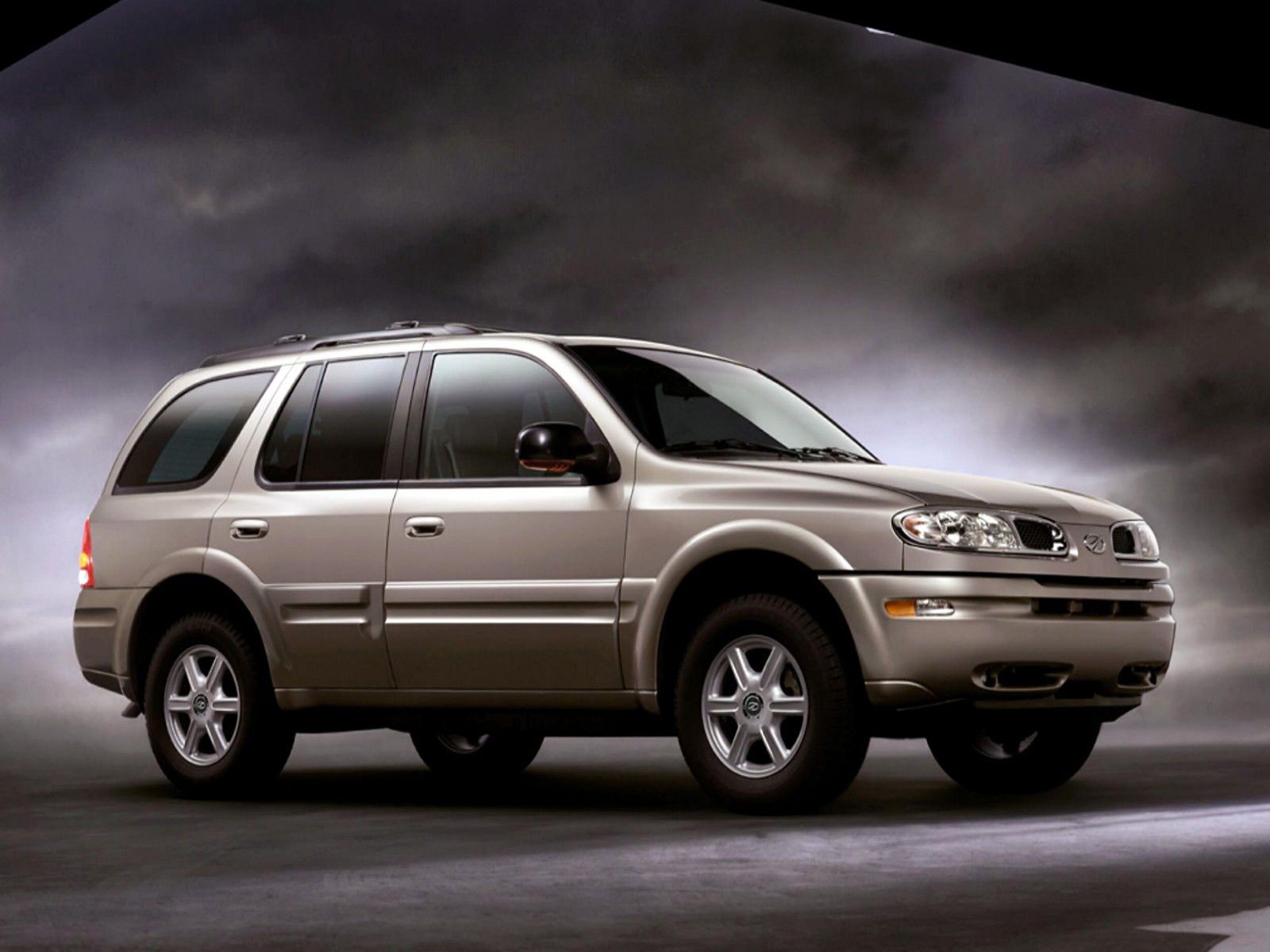 Car and car zone oldsmobile bravada 2002 new cars car reviews car pictures and auto industry