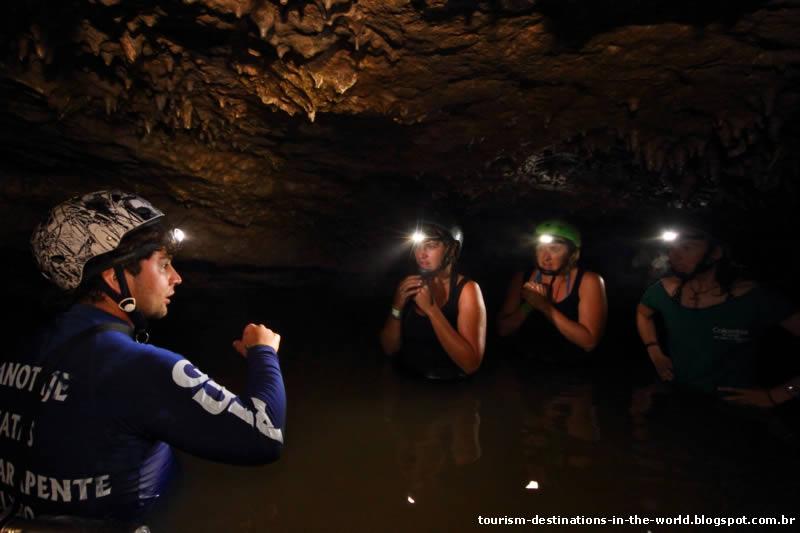 Exploração de Cavernas - Cueva de la Vaca - Colômbia