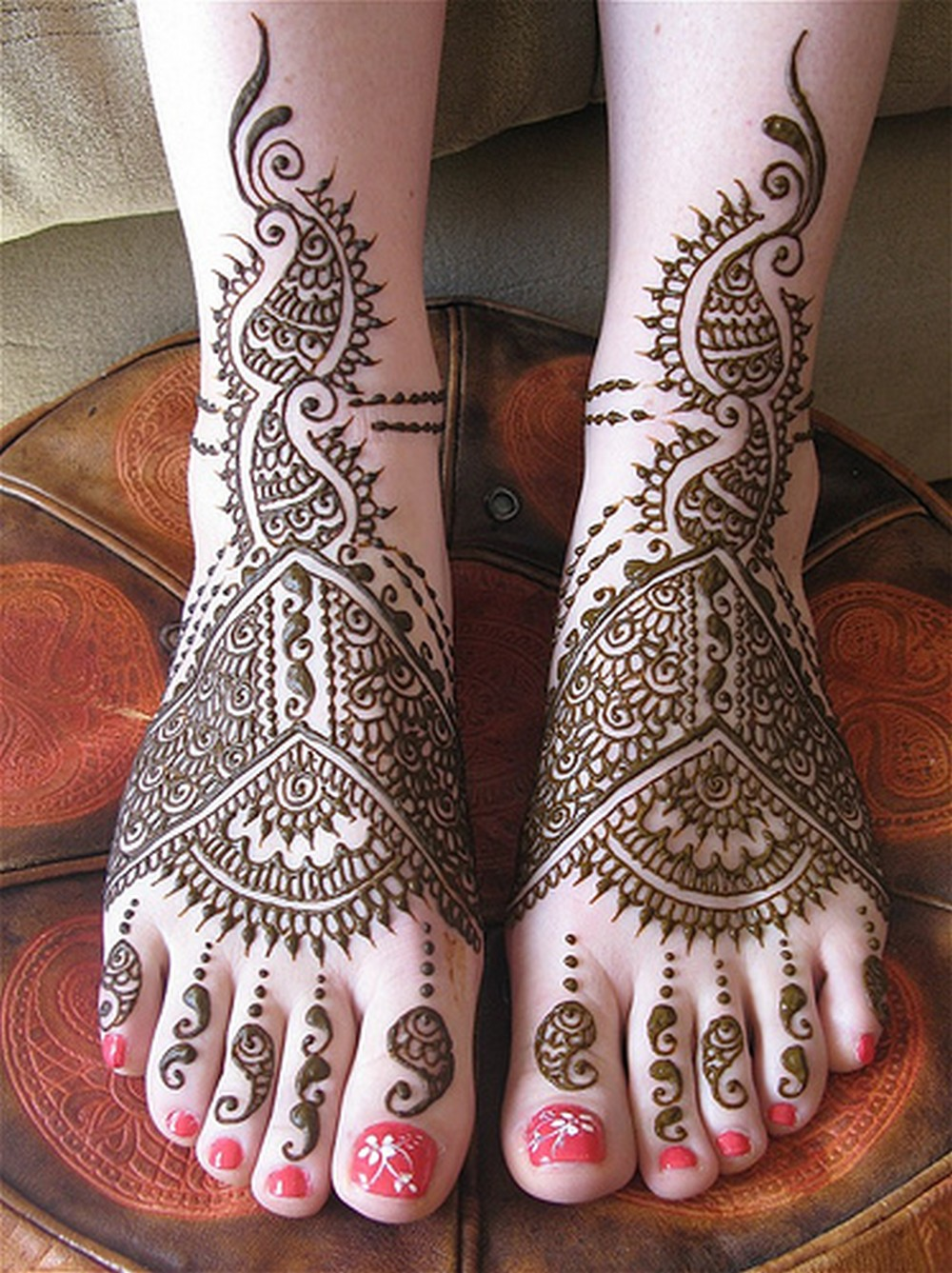 Feet Mehndi Design Pic : Simple arabic mehndi designs for feet