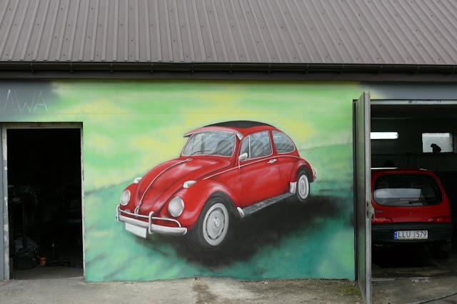 Malowanie VW Garbusa, aranżacja warsztatu mechanicznego