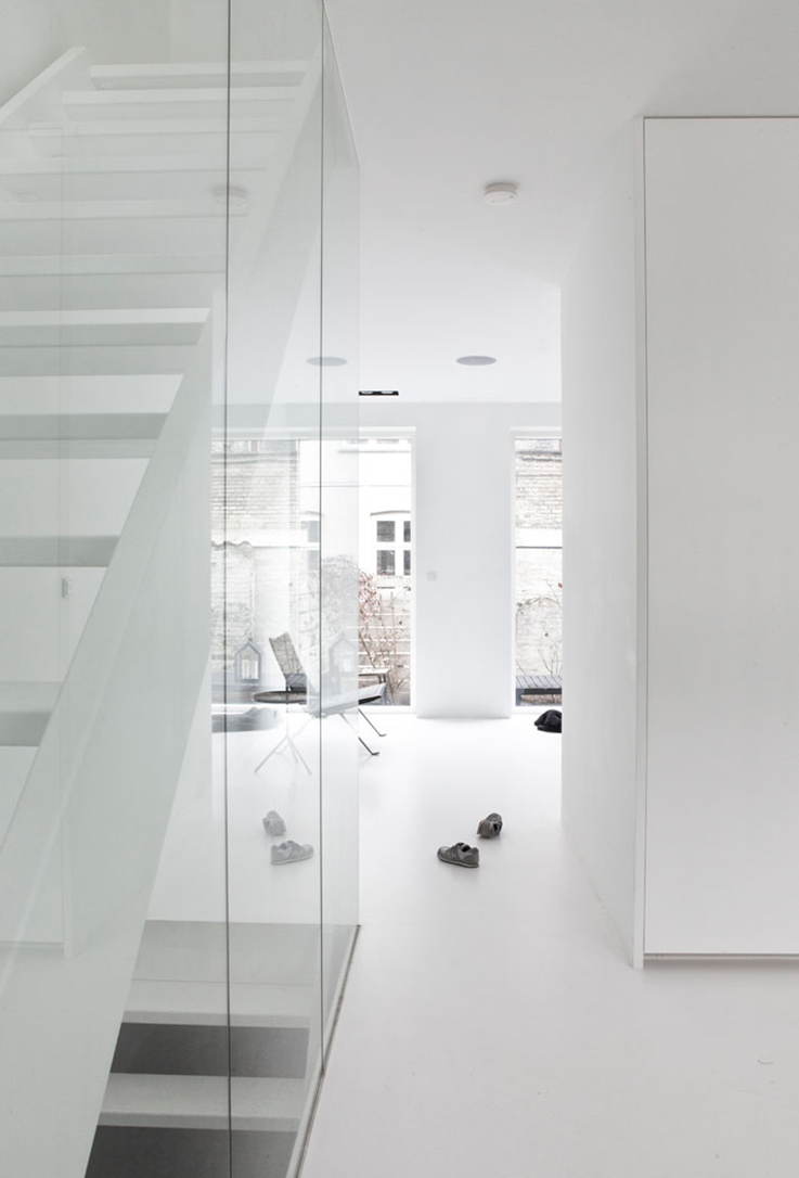 minimalist white house interior