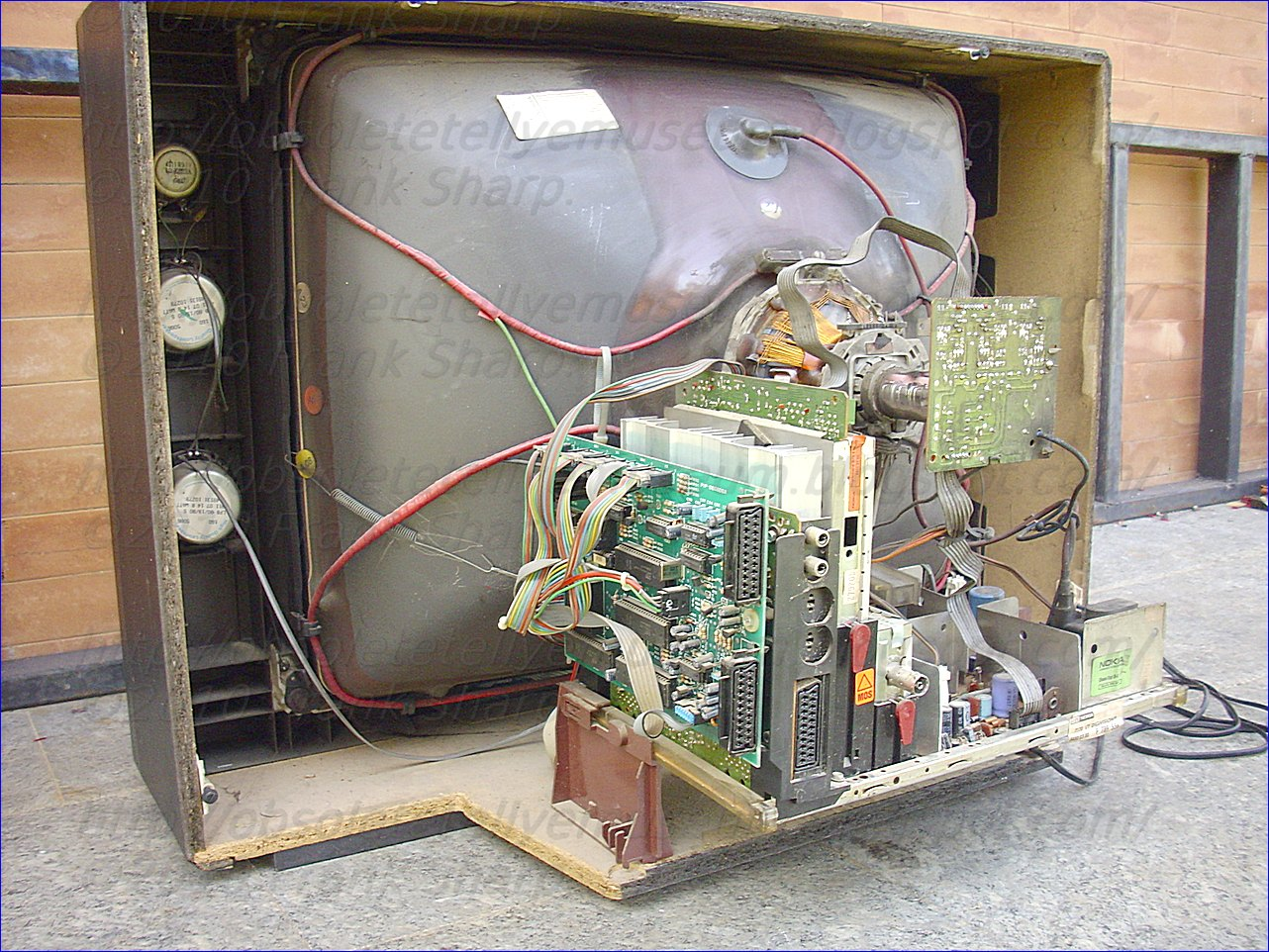 Obsolete Technology Tellye Itt Nokia Digivision 7170 Vt Chassis 506 X 331 250 Kb Jpeg How To Wire A Gfci Circuit In The New Generation Well Known Colour Concept Has Been Further Refined And Adapted Latest State Of Art This Resulted Series