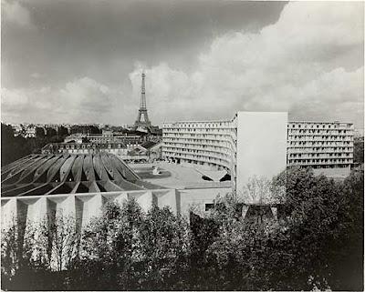 IBM headquarters Paris. Marcel Breuer
