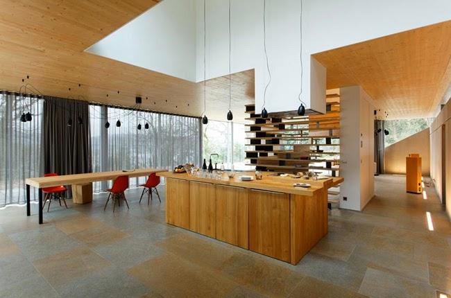 Casas minimalistas y modernas casa minimalista en los for Casa minimalista bosque