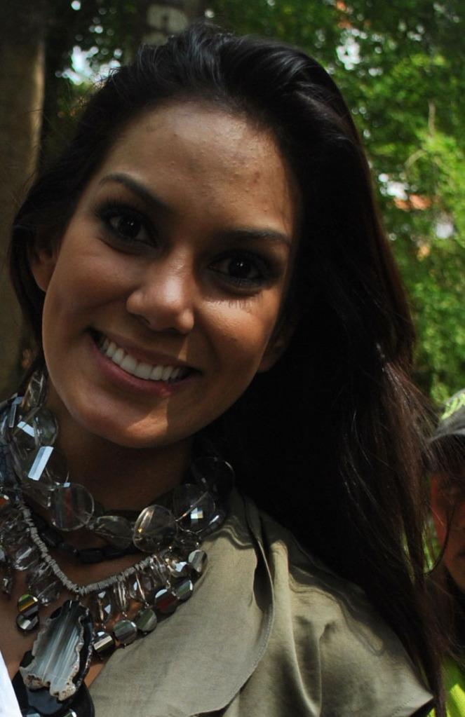 Latest Celebrity Hollywood: Catalina Robayo Photos Drew Barrymore