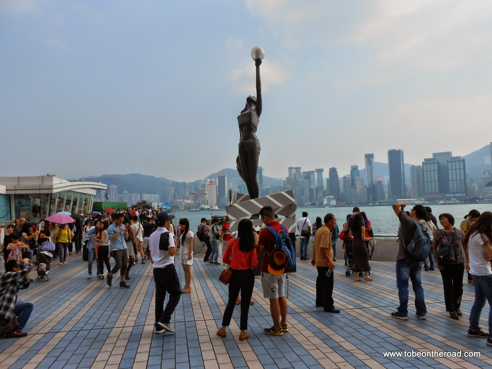 Hongkong,Avenue of stars,Avenue of Stars, Harbour, Hongkong, Instruments, Kowloon, Singer, Symphony of Lights,