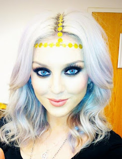 Little Mix, Perrie Edwards, ASOS, Yellow Gold, Metal, Disc, Headband, T-Bar Detail, Elasticated Strap