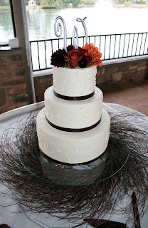 Cake Designs Jackie Brown Croydon : Brown Bunny Flowers: October 14, 2011 - Jacqueline and ...