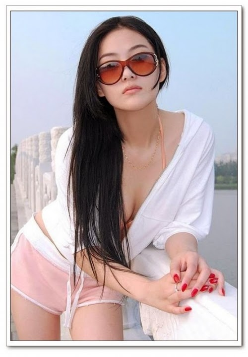 pinay busty model nude
