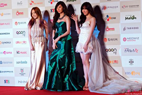 Girls Generation TTS Gaon Chart Awards 2013
