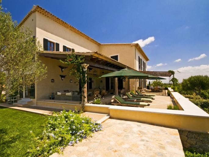 Mediterranean villa/lulu klein