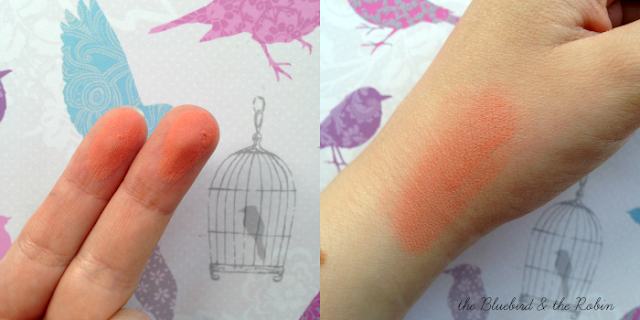 Swatch of MAC Sheertone Blush 'Peaches'