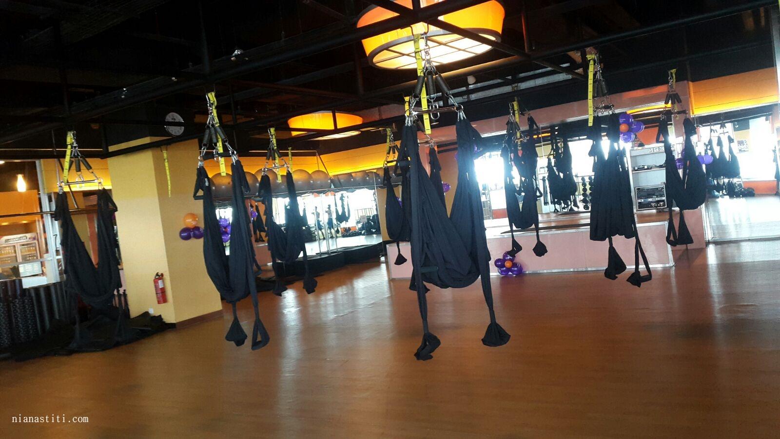 3 Pilihan Tempat Yoga Di Bintaro Living Room