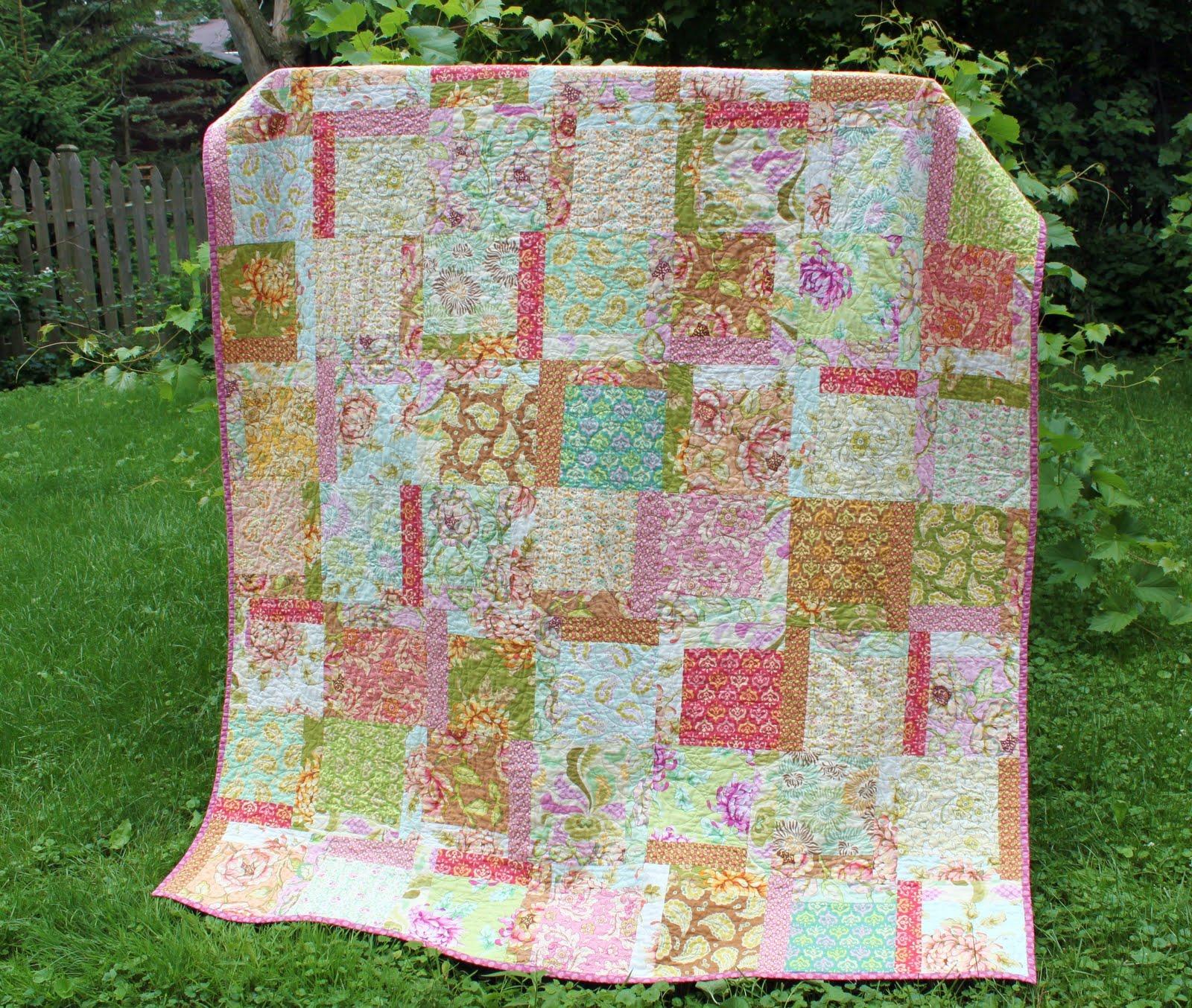 Freshcut Quilt { Machine Quilting } - The Cottage Mama : savannah quilt - Adamdwight.com