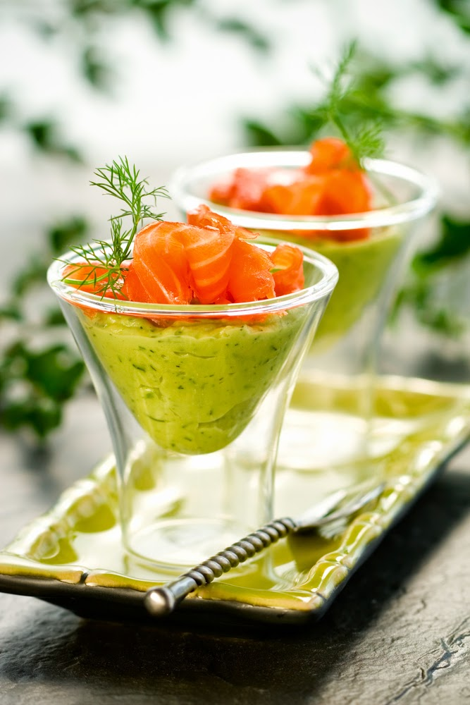 Scrumpdillyicious avocado dill mousse smoked salmon verrine for Smoked salmon mousse canape
