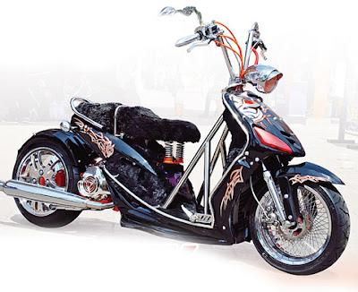 Modifikasi lowrider model klasik yamaha mio.JPG