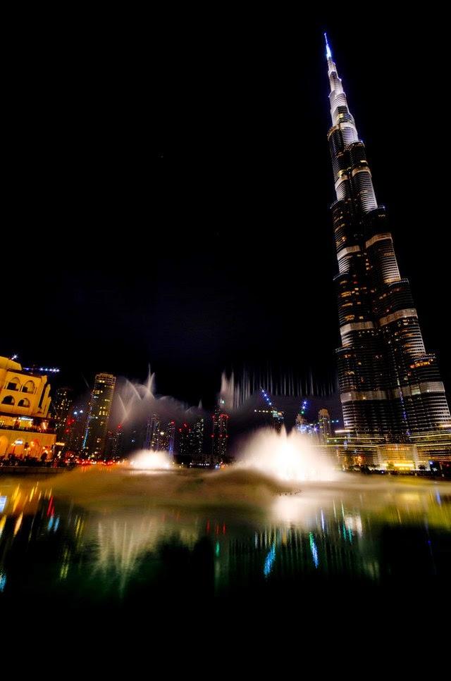 24. Burj Khalifa (Dubai, U.A.E.)