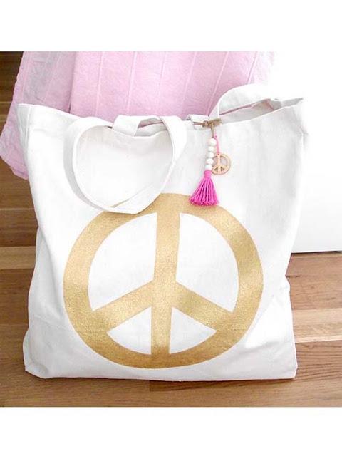 https://www.etsy.com/de/listing/227389584/peace-bag?ref=shop_home_active_3