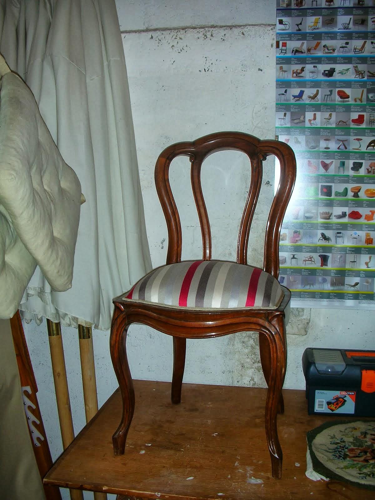 Atelier 2 b a fauteuil louisxvi habill de cuir for Chaise volante