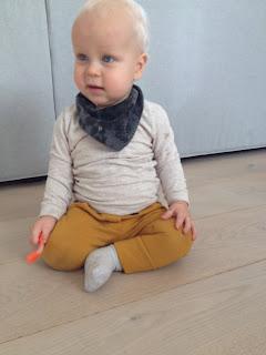 Hippe handgemaakte kleiding voor baby
