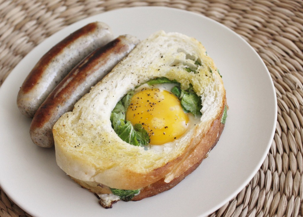 Egg in a hole + English Bangers - Dreaming of Dinner