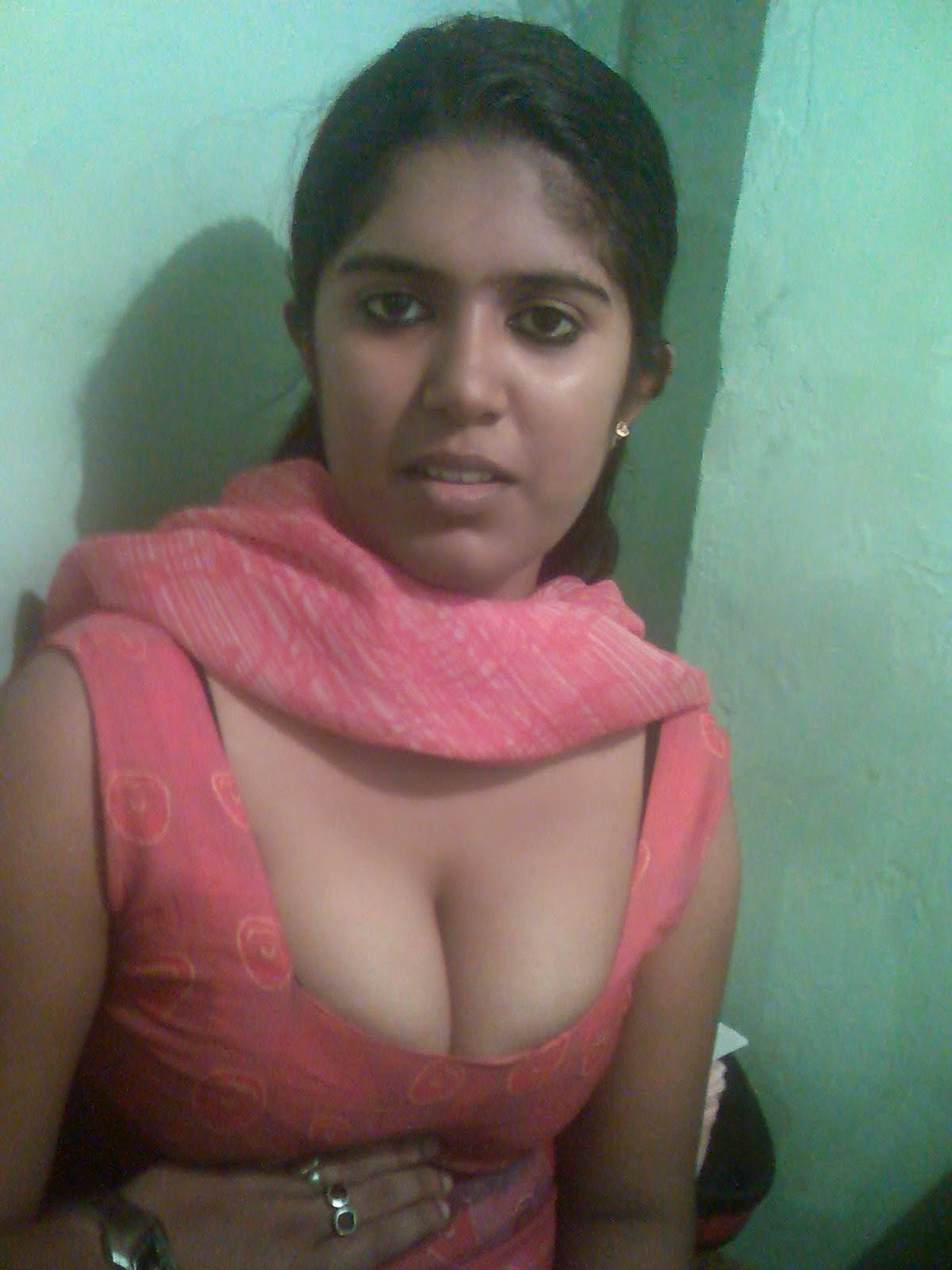 Bangla desi muslim bhabi loves hubby039s friend hiddencam hq